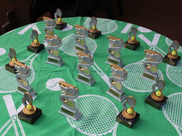 2020 09 20 Vereinsmeisterschaftsendspiele Pokale (1)1